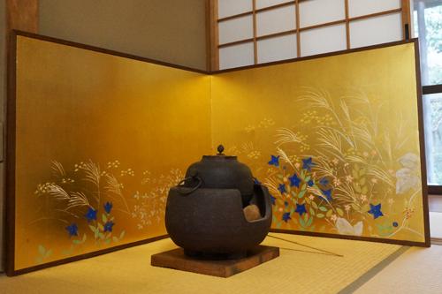 秋草図風炉先屏風(前田有加里)